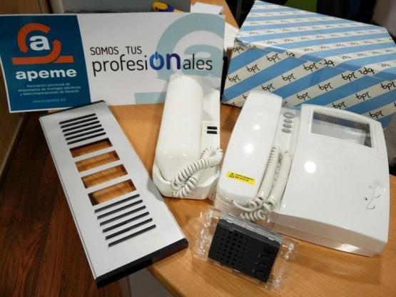 Material interfonos y videoporteros BPT