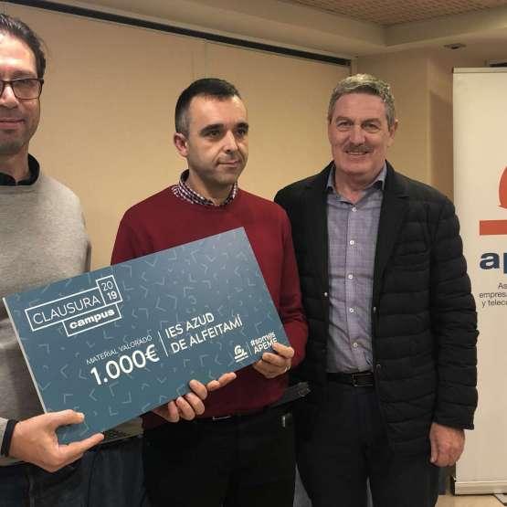 Responsabilidad Social Corporativa: Donación alIES AZUL DE ALFEITAMIde Almoradí, centro formativo afectado por Dana el pasado mes de Septiembre.