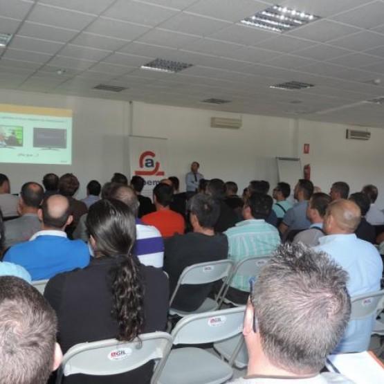 Fotos jornada dividendo digital en Alicante